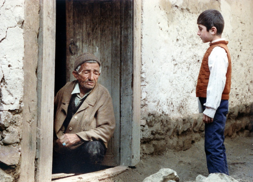 Where Is the Friend's Home von Abbas Kiarostami